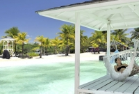 Delightful gazebos and resting-places are thoughtfully located all around the resort.